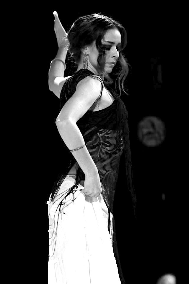 Sonia performing Flamenco Árabe in Tokyo Japan